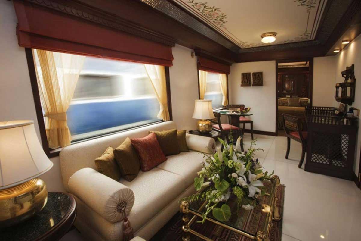 Coin salon des suites présidentielles du Maharajas' Express