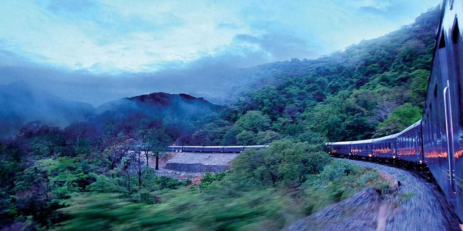 Train Deccan Odyssey Nature